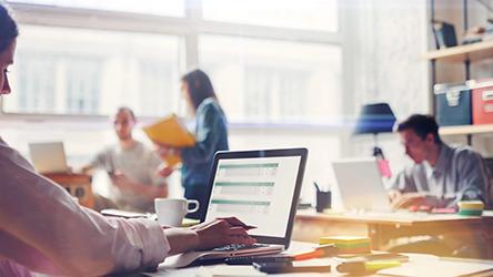 企業組織の在り方をアップデートする-「働きがいがあり、自分らしく仕事ができる環境」を実現するための3つのキーワード